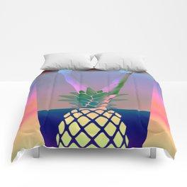 Ananas Woman Comforters