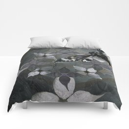 Abstract Dogwoods Comforters