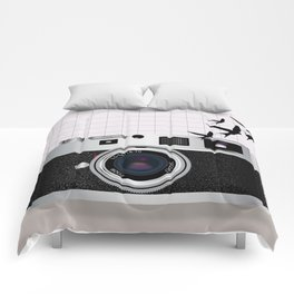 vintage camera and birds Comforters