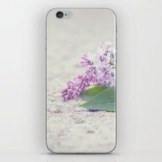 C'est le temps des lilas iPhone & iPod Skin