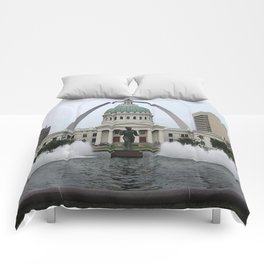 St. Louis arch Comforters