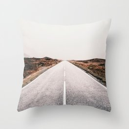 ROAD - HIGH WAY - LANDSCAPE - PHOTOGRAPHY - NATURE - ADVENTURE - SKY Throw Pillow
