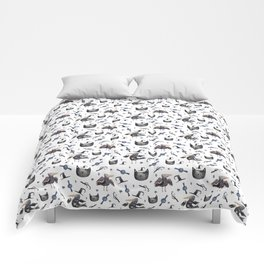 Cats and ravens Comforters