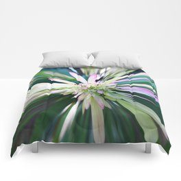 447 - Abstract Flower Design Comforters
