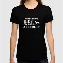 Childfree Funny No Kids Cat Allergy T-shirt
