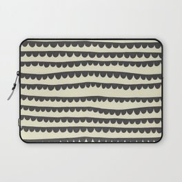 Scalloped Garland Laptop Sleeve