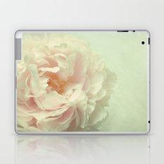 Pale Beauty Laptop & iPad Skin