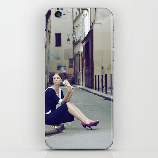 Paris Vintage 4 iPhone & iPod Skin