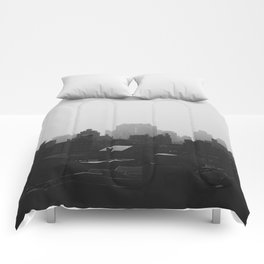 Black and White city Comforters