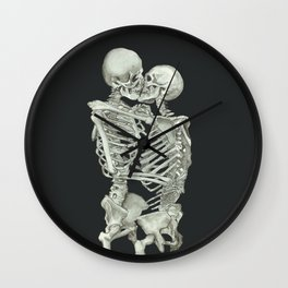Valentine's Day: Skeleton Kiss Wall Clock