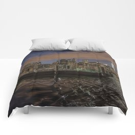 Manhattan Sunset Glow Comforters