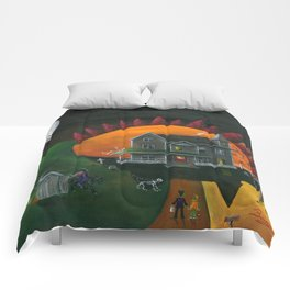 Hilly Haunted House Comforters