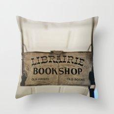 Librairie Bookshop Throw Pillow