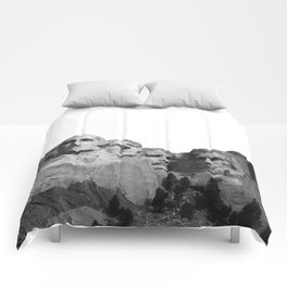 Mount Rushmore National Memorial South Dakota Presidents Faces Graphic Design Illustration Comforters