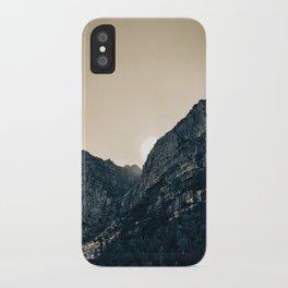 Kasteel Poort iPhone Case