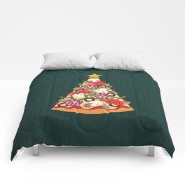 PIZZA ON EARTH Comforters