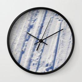 Snøspor Wall Clock