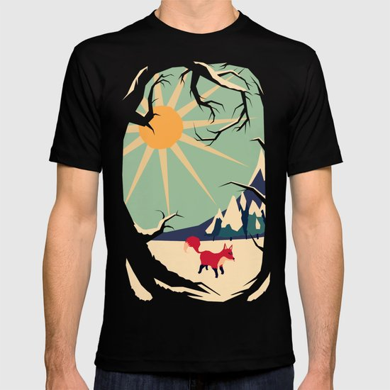 Fox roaming around II T-shirt