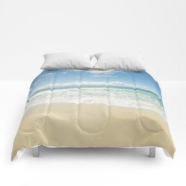 kapalua beach maui hawaii Comforters