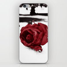 Frozen love iPhone & iPod Skin