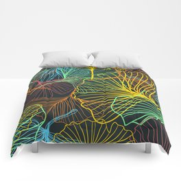 Ginkgo Biloba Leaves in Retro Rainbow Comforters