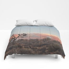 Joshua Tree Sunset No.2 Comforters