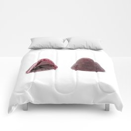 This pyramidal cuberdons Comforters