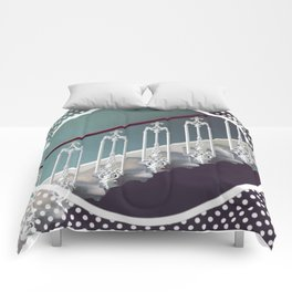 Stairway to heaven - dot circle graphic Comforters