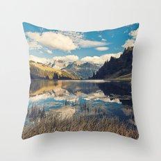 Reflets Throw Pillow