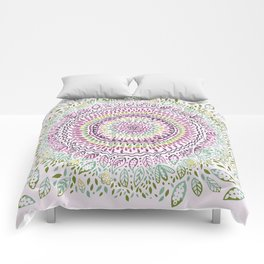 Intricate Spring Comforters