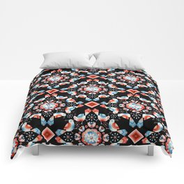 Lovebird Lattice Comforters
