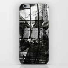 The unexpected arrival of the angels - Berlin iPhone & iPod Skin