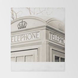 London telephone booth Throw Blanket