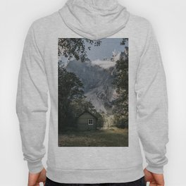 Mountain Cabin - Landscape and Nature Photography Hoody