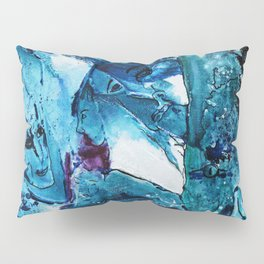Faces in blue Pillow Sham