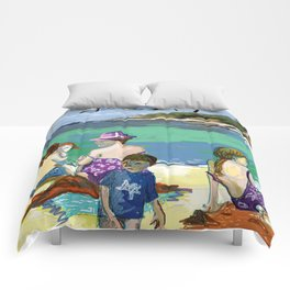 Esmeralda & Brood (Saw Sea Art Series) Comforters