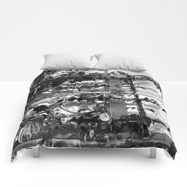 Vines & Gauges Comforters