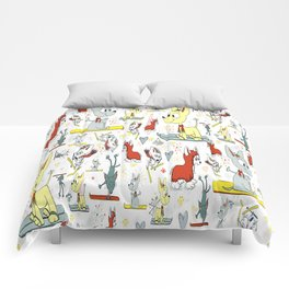 Chi's on skis Comforters
