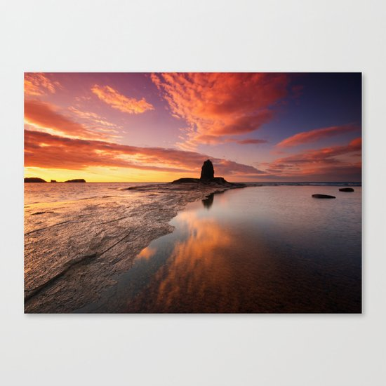 Saltwick Bay Canvas Print