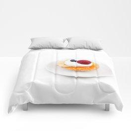 tart from fruit Comforters
