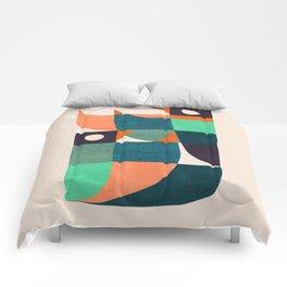 Two birds dancing Comforters