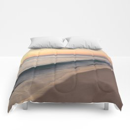 smooth waves Comforters