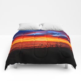 Red Sea at Dawn Comforters
