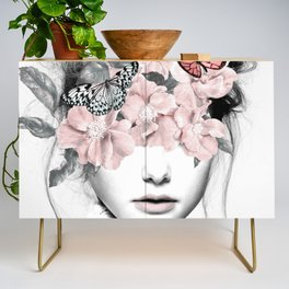 WOMAN WITH FLOWERS 10 Credenza
