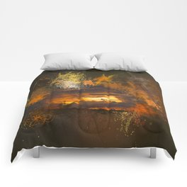 Exploding vibrant sunset Comforters
