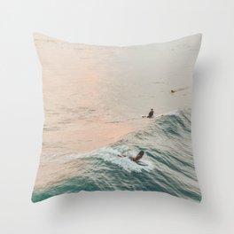 summer waves iv Throw Pillow