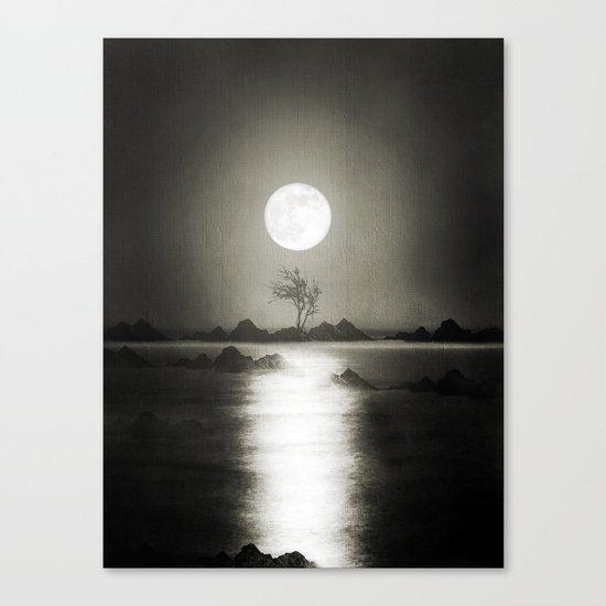 When the moon speaks (part III) Canvas Print