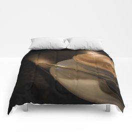 Quiet Cafe Comforters