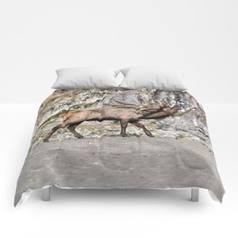 Wapiti Bugling (Bull Elk) Comforters