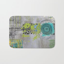 Teal & Lime Round Abstract Art Collage Badematte